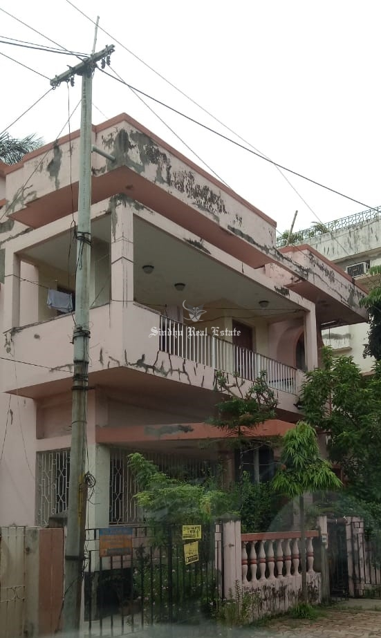House available for sale at Sector III